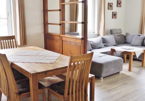 Wohnung1-Ess-undWohnbereich